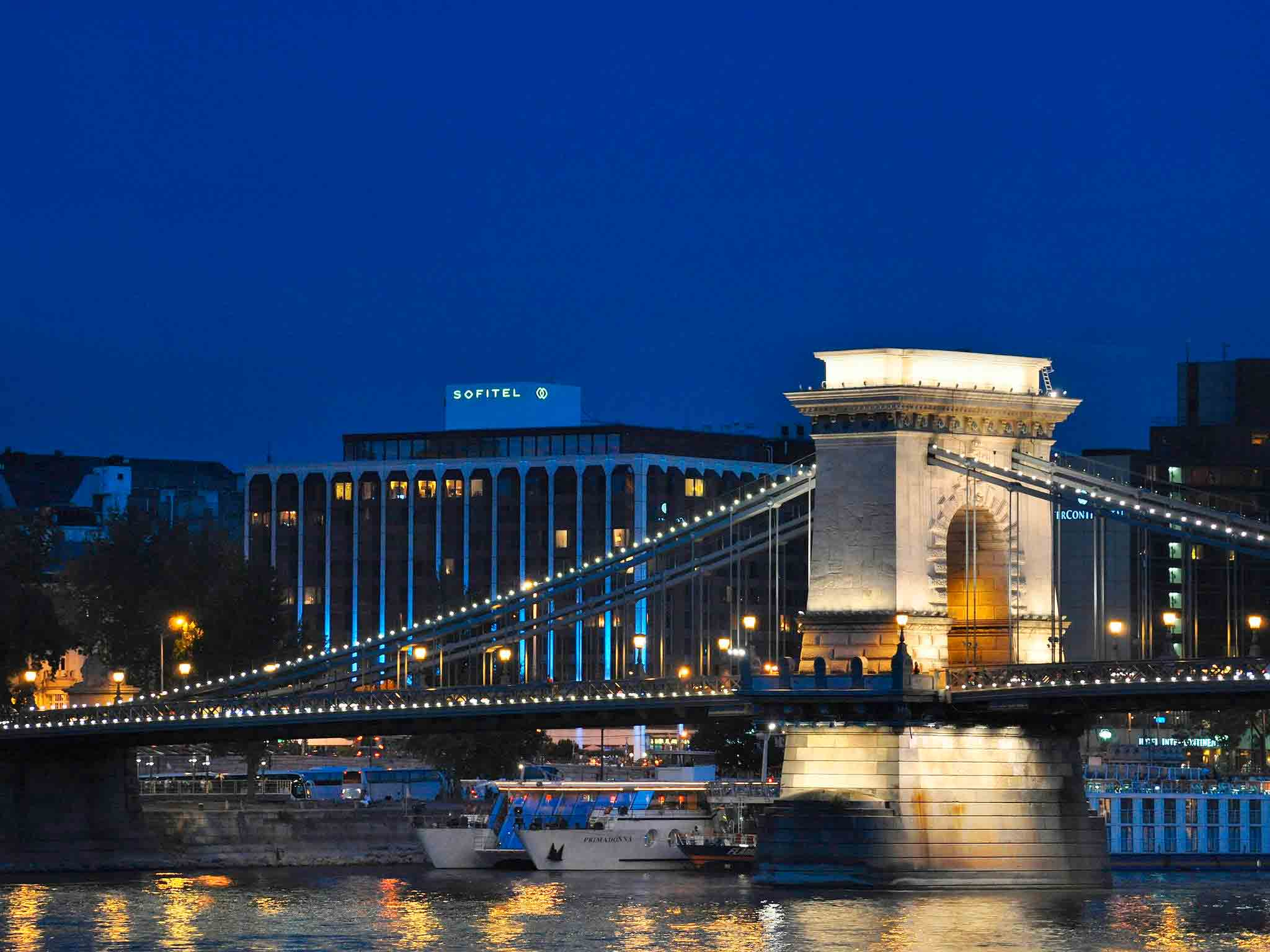 Sofitel Chain Bridge